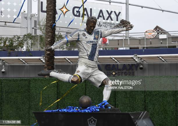 TOPSHOT This photo shows the newly unveiled statue of former Los Angeles Galaxy midfielder David Beckham at the Legends Plaza in Carson California on...