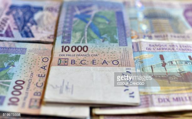 This Photo Taken On April 9 2016 In A N Djamena Chad Shows Cfa Banknotes