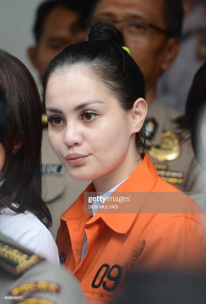 This photo taken on january 2 2018 shows indonesian actress this photo taken on january 2 2018 shows indonesian actress jennifer dunn during a police stopboris Image collections