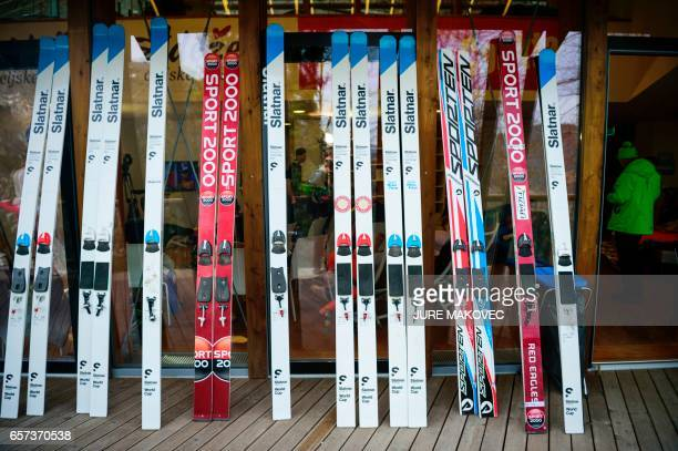 Saut A Skis Stock Photos and Pictures | Getty Images