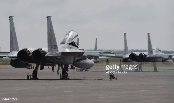 F 15 Eagle Stock Photos And Pictures Getty Images