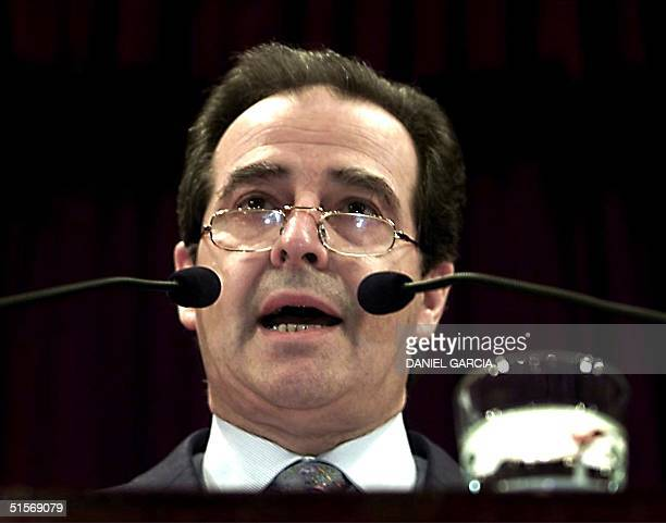 This photo was taken 23 October 2000, in Buenos Aires, of the Minister of the Economy of Argentina, Jose Luis Machinea, during an announcement of...