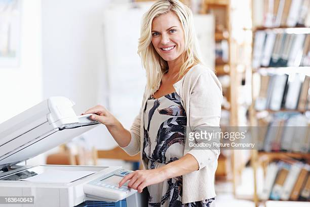 This photocopier is so easy to use!