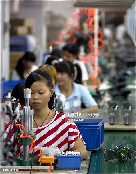 CONTENT] This phto of a Chinese production line worker was taken in a vacuum cleaner factory in Dongguan China <a href=http//wwwakphotographiccouk...