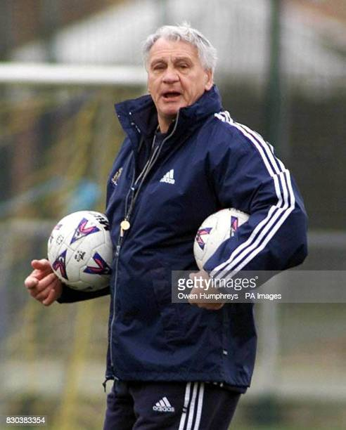 This picture can only be used within the context of an editorial feature Library file picture dated 10/03/00 of Newcastle United manager Bobby Robson...