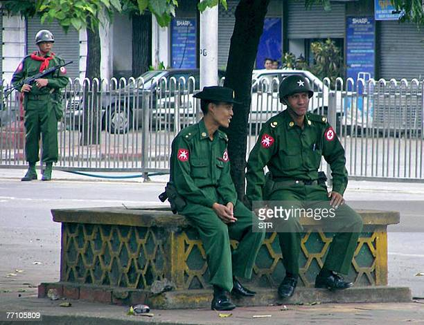 This picture dated 28 September, 2007 shows Myanmar soldiers in downtown Yangon. China's Premier Wen Jiabao 29 September, 2007 has urged Myanmar to...
