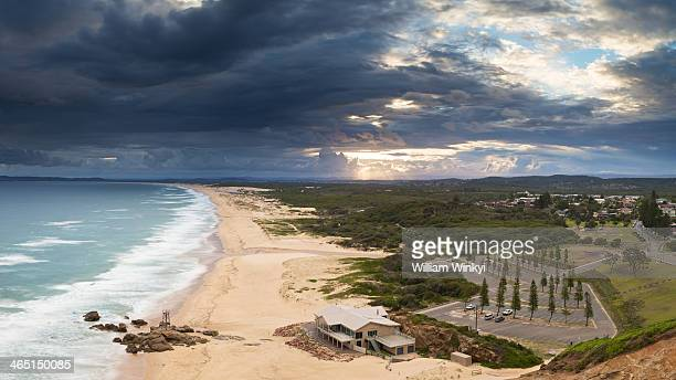 CONTENT] This picture marks dramatic change in weather exhibited by the action of storm clouds moving inward at Redhead beach