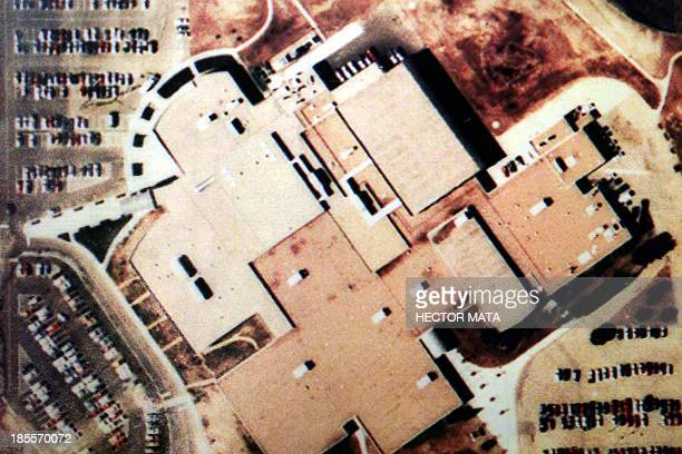 This picture released 21 April 1999 by the Littleton CO police shows an aerial picture of Columbine High School in Littleton CO the site of a deadly...