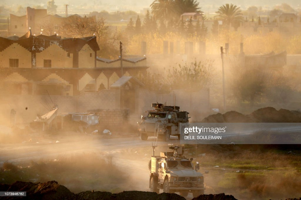 TOPSHOT-SYRIA-CONFLICT-IS : News Photo