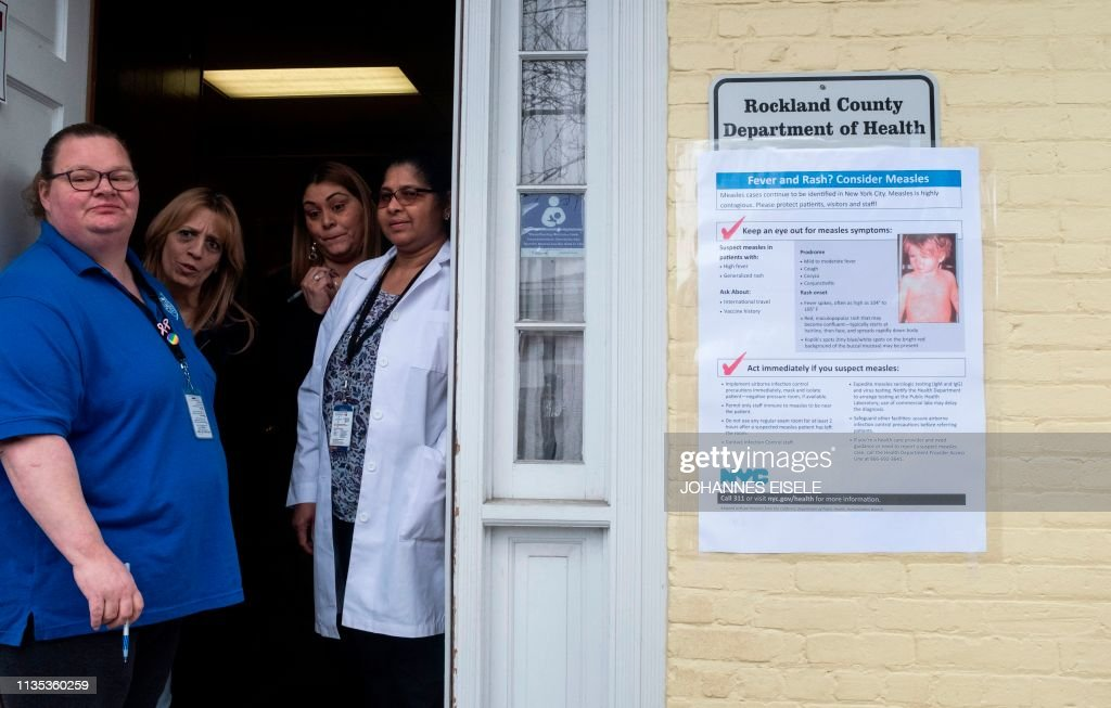 US-HEALTH-RELIGION-VACCINES-MEASLES : News Photo