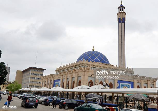 This picture taken on August 18 2015 shows the Great Mosque in the central business district of Le Plateau in Abidjan AFP PHOTO / ISSOUF SANOGO