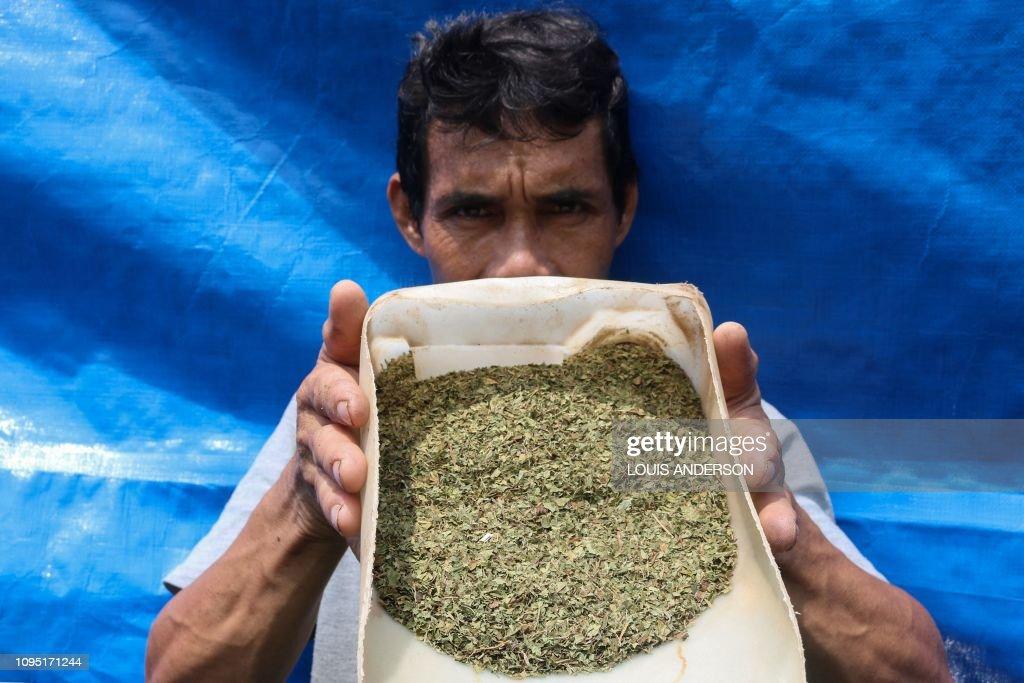INDONESIA-LAW-MEDICINE-DRUGS : News Photo