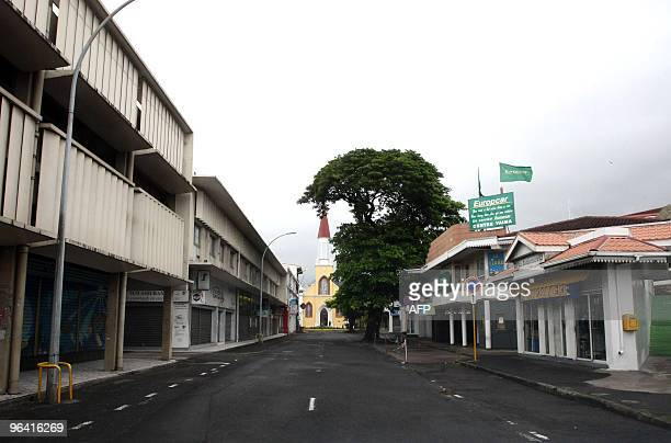 This picture taken on February 4 2010 shows the empty streets of Papeete on the Pacific island of Tahiti which was placed on Red Alert and vulnerable...