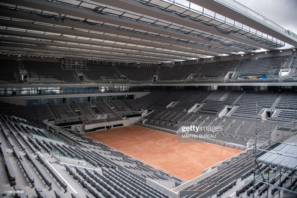 TENNIS-FRANCE-PHILIPPE CHATRIER-ROOF : News Photo