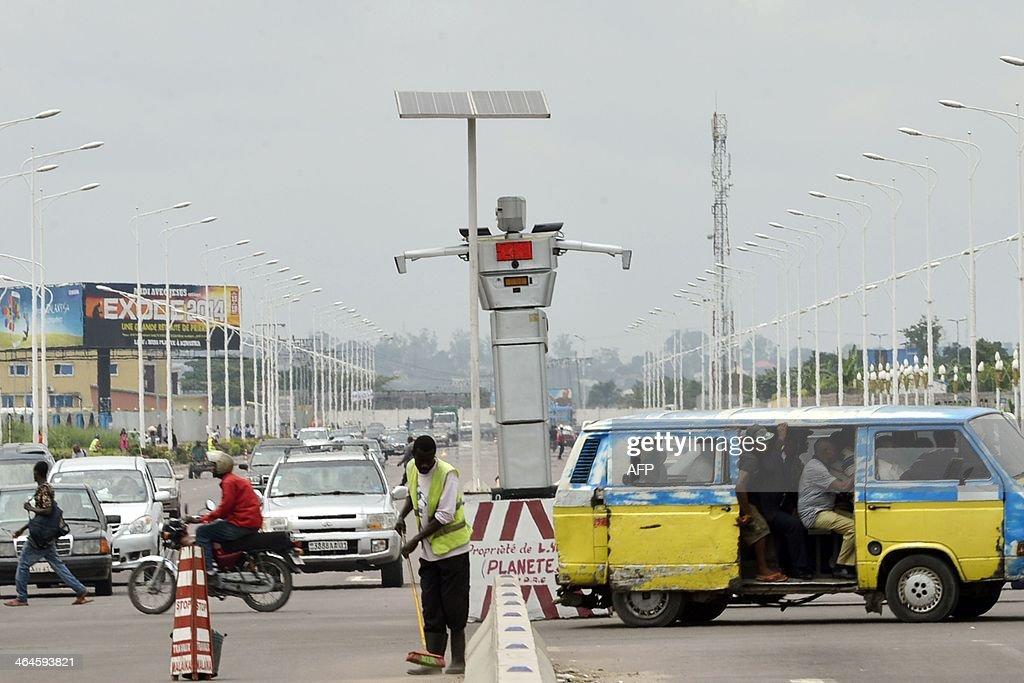 DRCONGO-TRANSPORT-TECHNOLOGY-TRAFFIC-ROBOT : News Photo