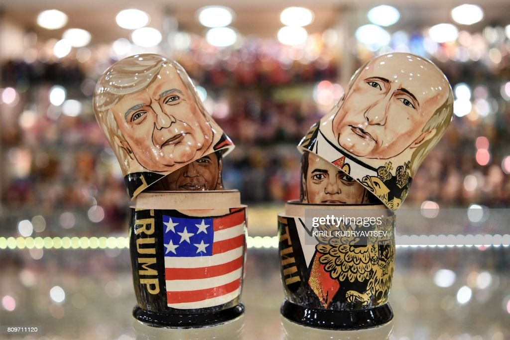 RUSSIA-US-POLITICS-TOURISM-PUTIN-TRUMP : News Photo