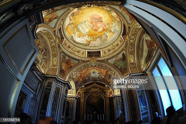 This picture taken on March 13, 2012 shows a chapel at the Quirinale palace on March 13, 2012 in Rome. The Palazzo del Quirinale is the official...