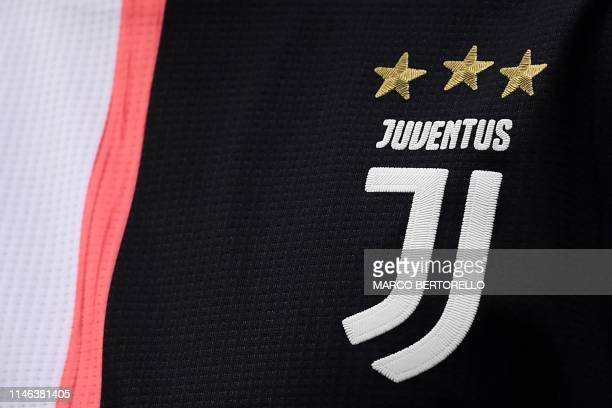 This picture taken on May 26 2019 shows the logo of Juventus' team on the 2019/2020 season jersey during the Italian Serie A football match Sampdoria...