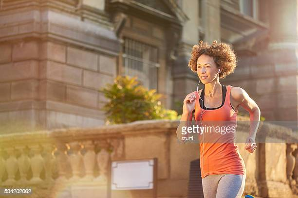 this run is so liberating - liverpool training stock pictures, royalty-free photos & images