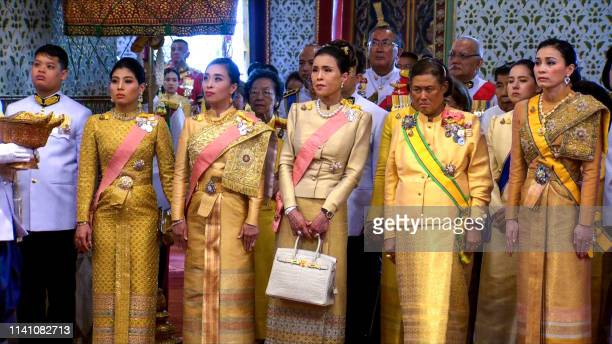 60 Top King And Queen Of Thailand Pictures, Photos, & Images