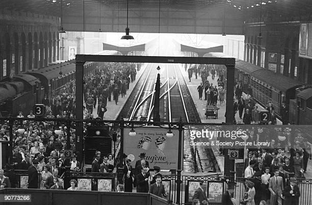 This station was the busiest terminus in London at this time. During the 1940s lines into the station were electrified, to provide a more efficient...