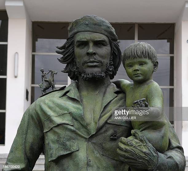 CONTENT] This statue stands outside the provincial HQ of the Socialist Party in Santa Clara