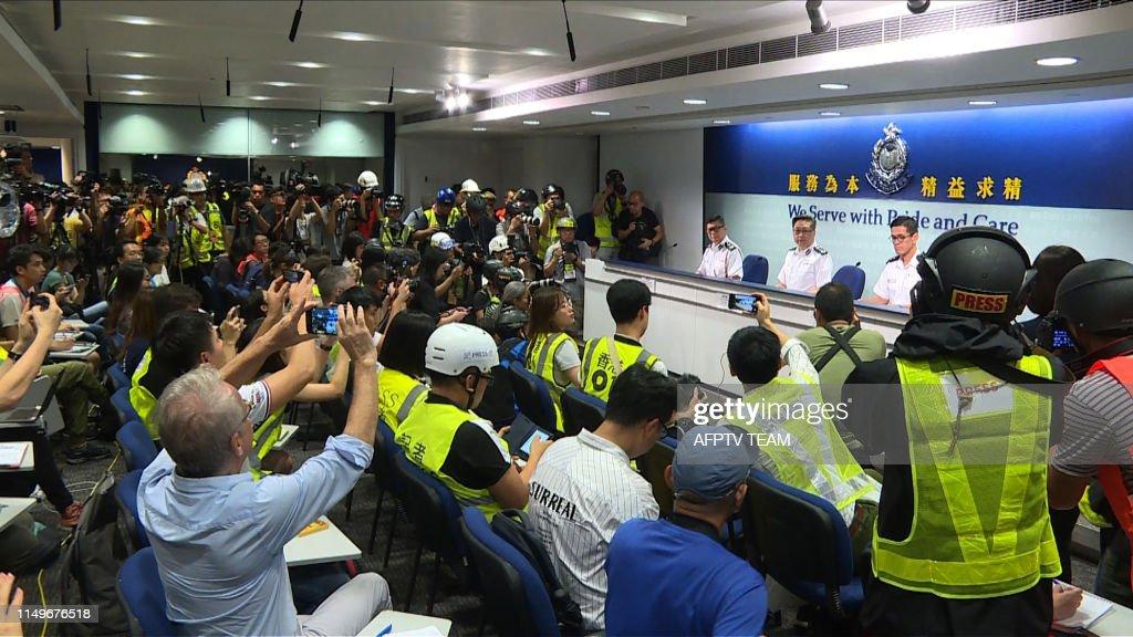 HONG KONG-POLITICS-CHINA : News Photo