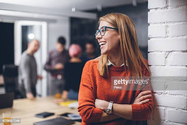 this team is built for success - smiling stockfoto's en -beelden