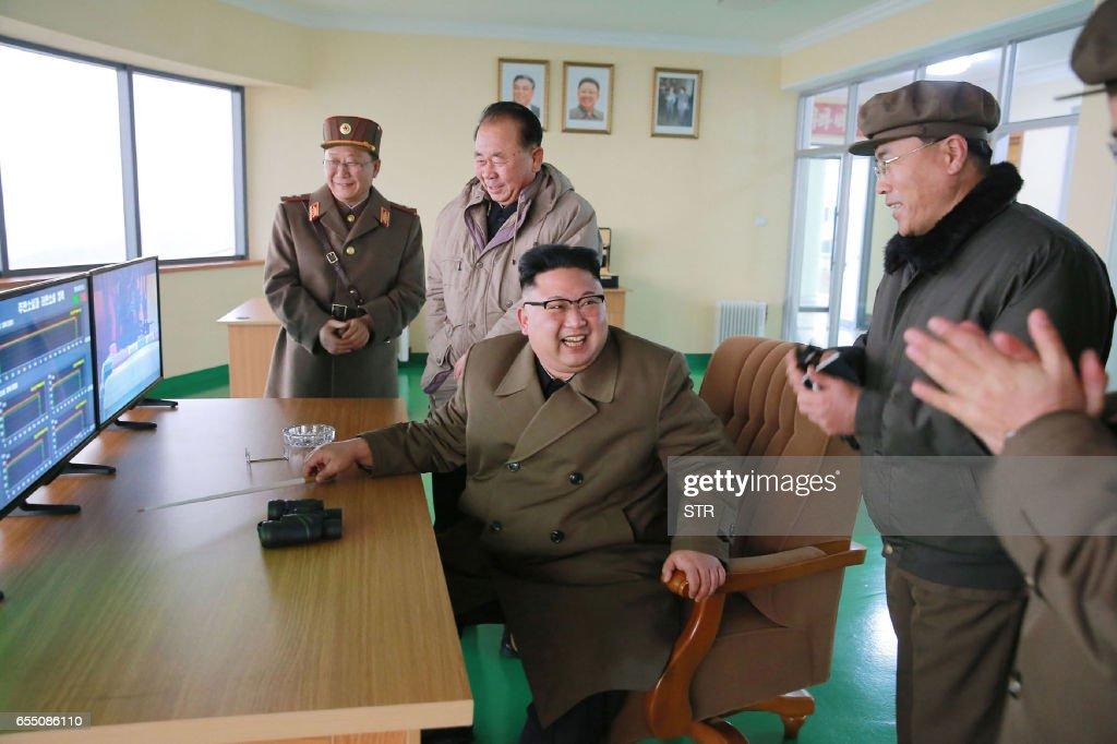 NKOREA-MILITARY-NUCLEAR-MISSILE : News Photo