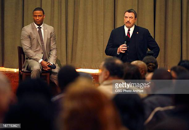 This Way Out Frank and Mayor Poole speak at a town hall meeting in a gangriddled housing project after someone close to the Reagan'™s is murdered...