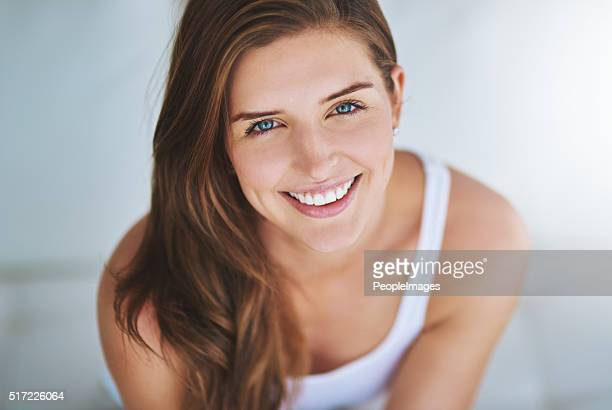 this weekend i'm making time for myself - beautiful woman stockfoto's en -beelden