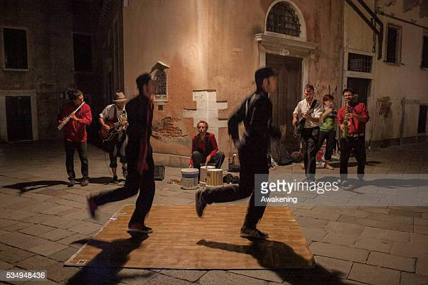 This year the traditional Baskers Festival of Ferrara started in Venice The Ferrara Buskers Festival with its 800000 spectators is the biggest event...