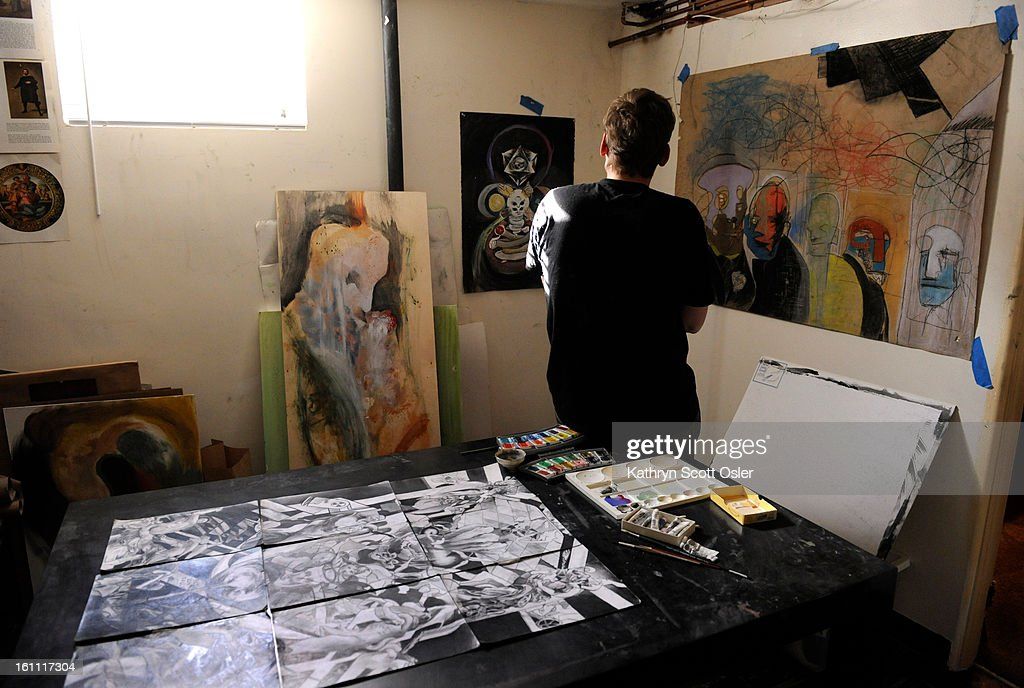 This young Denver man, who suffers from schizophrenia, is able to use his talent as an artist as a form of therapy and a way to express himself. Kathryn Scott Osler, The Denver Post : News Photo