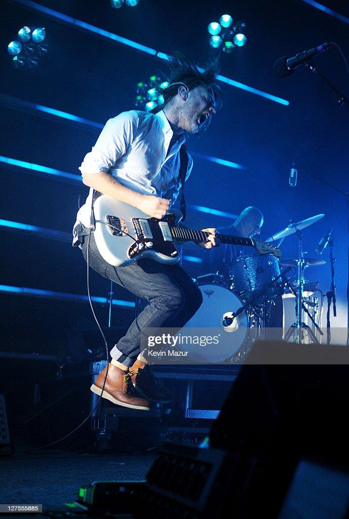 Radiohead Performs At Roseland Ballroom : News Photo