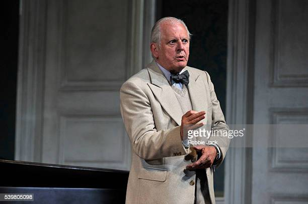 Thomas Allen as Music Master in Richard Strauss's Ariadne auf Naxos directed by Katharina Thoma and conducted by Vladimir Jurowski at Glyndebourne