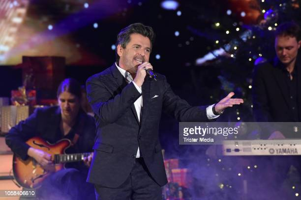 Thomas Anders performs the taping of the MDR TV show 'Weihnachten bei uns' at Stadthalle on November 6 2018 in Zwickau Germany The show will be aired...