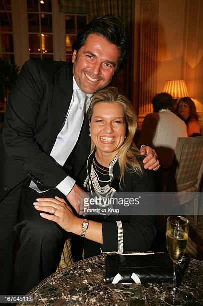"""Thomas Anders Und Seine Ehefrau Claudia Bei Der Verleihung Der """"Gala Spa Awards"""" Im Brenner'S Park Hotel In Baden Baden Am 190305 ."""