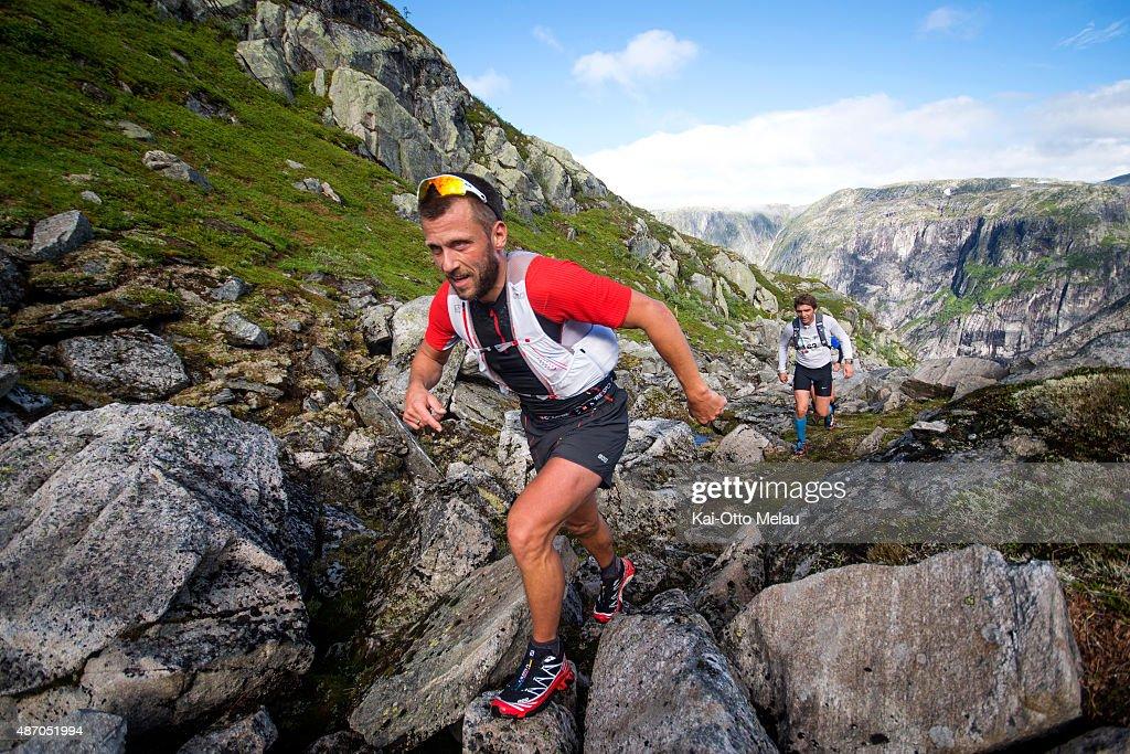 pas mal 45d72 b912c Thomas Andersen is a runner on Team Salomon and is running ...