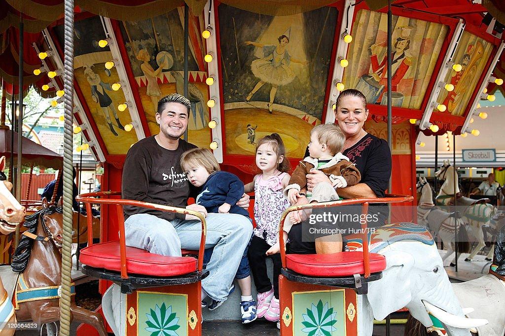 Thomas Beatie And Family Enjoy Day At Amusement Park : News Photo