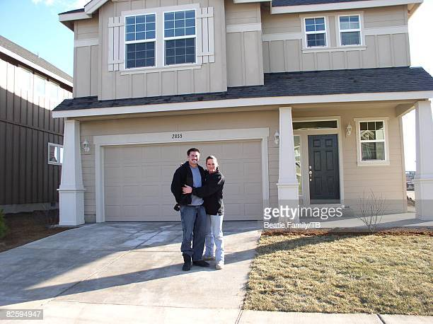 ACCESS*** Thomas Beatie and Nancy Beatie at their rental house in Bend Oregon the summer of 2006
