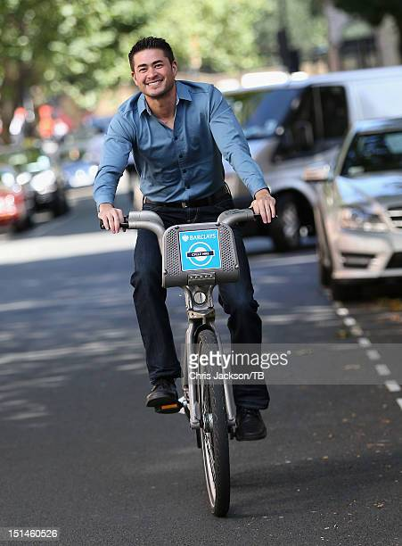 Thomas Beatie enjoys a visit to London on September 5 2012 in London England Thomas often referred to as the 'pregnant man' is a transgender male who...