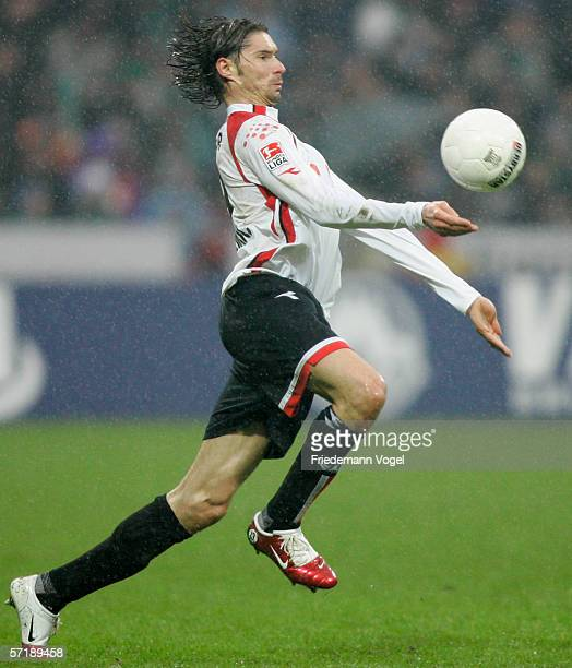 Thomas Brdaric of Hanover in action during the Bundesliga match between Werder Bremen and Hanover 96 at the Weser Stadium on March 25 2006 in Bremen...
