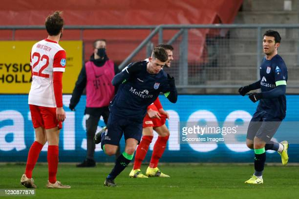 Thomas Buitink of PEC Zwolle celebrates 2-3 during the Dutch Eredivisie match between FC Utrecht v PEC Zwolle at the Stadium Galgenwaard on January...