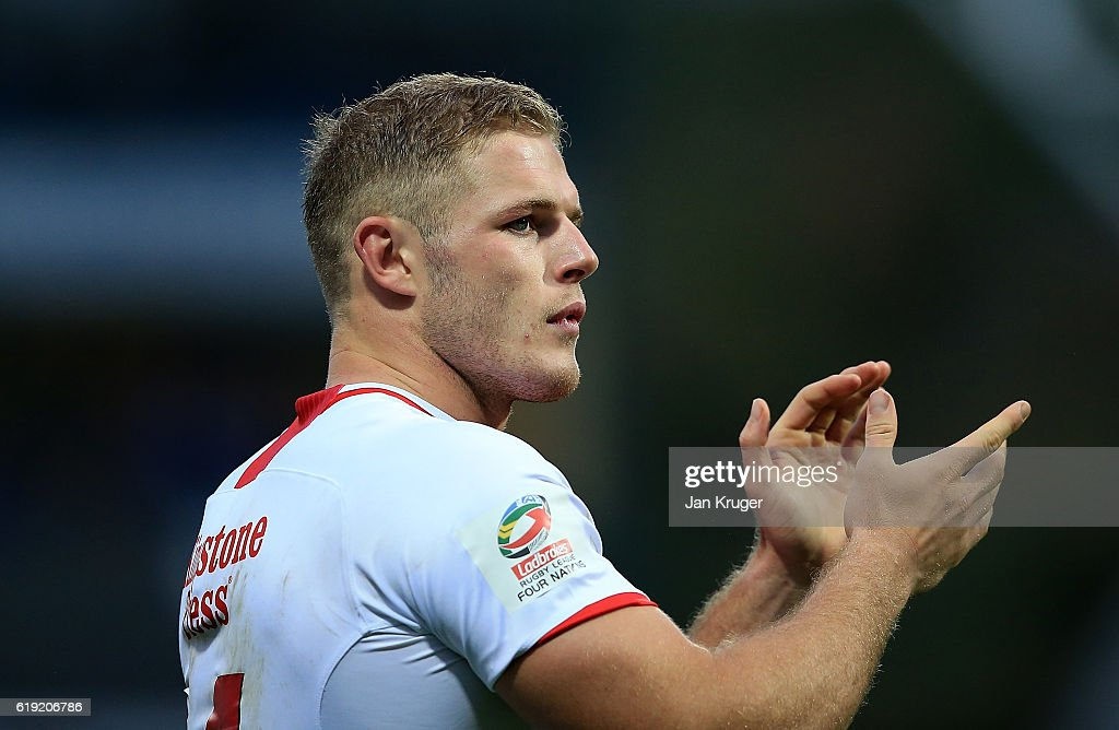 Thomas Burgess of England applauds the fans during the Four Nations match between England and New Zealand Kiwis at John Smith's Stadium on October 29, 2016 in Huddersfield, United Kingdom.
