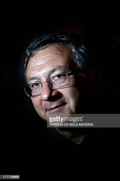 Thomas CABRAL Arthur Hartog poses at the Necessidades Palace in Lisbon on June 21 2013 He is one of thirty descendants of survivors from the debacle...
