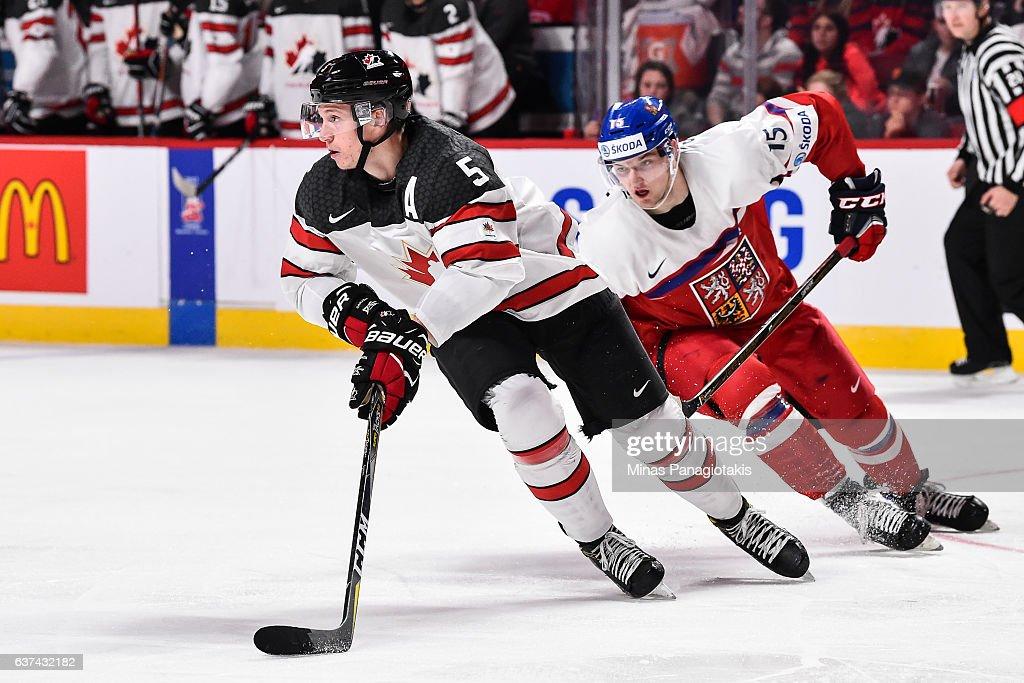 Canada v Czech Republic - Quarterfinal -  2017 IIHF World Junior Championship : News Photo