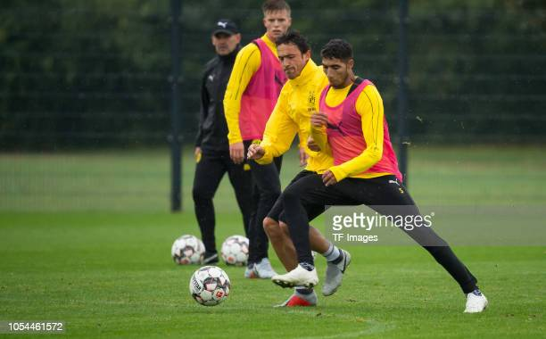 Thomas Delaney of Borussia Dortmund and Achraf Hakimi of Borussia Dortmund battle for the ball during a training session on September 23 2018 in...