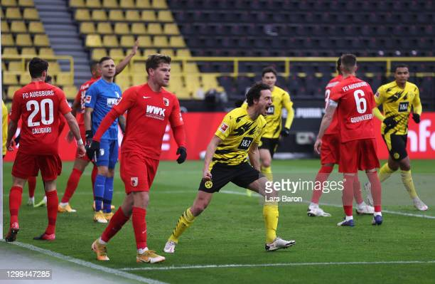 Thomas Delaney of Borussia Dortmund celebrates after scoring their side's first goal during the Bundesliga match between Borussia Dortmund and FC...