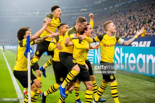 Thomas Delaney of Borussia Dortmund celebrates scoring the opening goal during the Bundesliga match between FC Schalke 04 and Borussia Dortmund at...