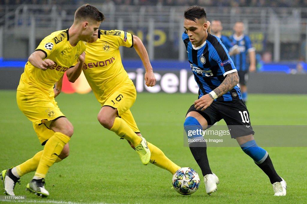 Internazionale v Borussia Dortmund - UEFA Champions League : News Photo